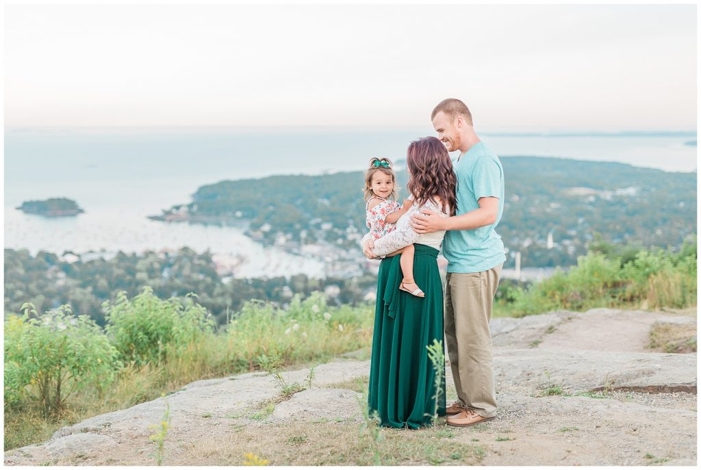 camden amphitheater and mt battie family portrait session